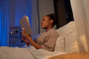 How Blocking Blue Light At Night While Reading Helps You Sleep Better