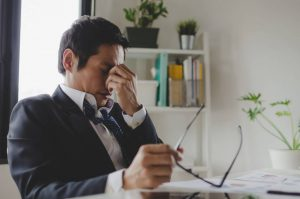 Happy Labor Day: The Link between Overtime and Eye Strain